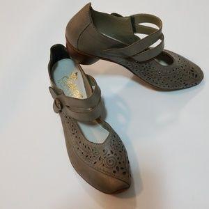 Rieker shoes size 7.5